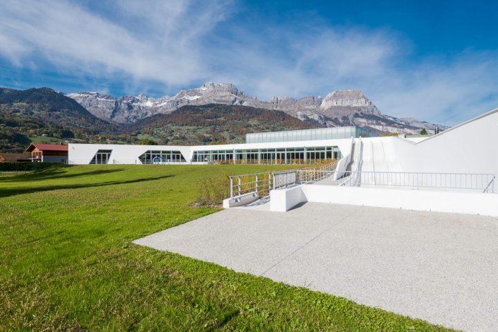 espace extérieur centre aquatqiue sallanches mont-blanc