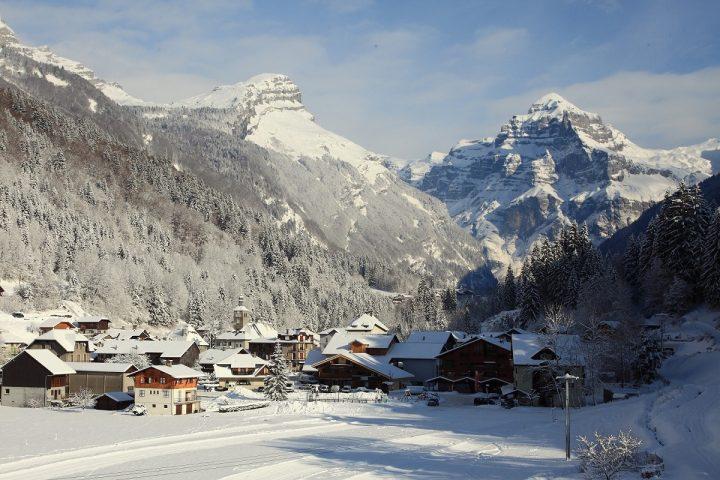 Le Salvagny l'hiver – Village de Sixt fer à Cheval