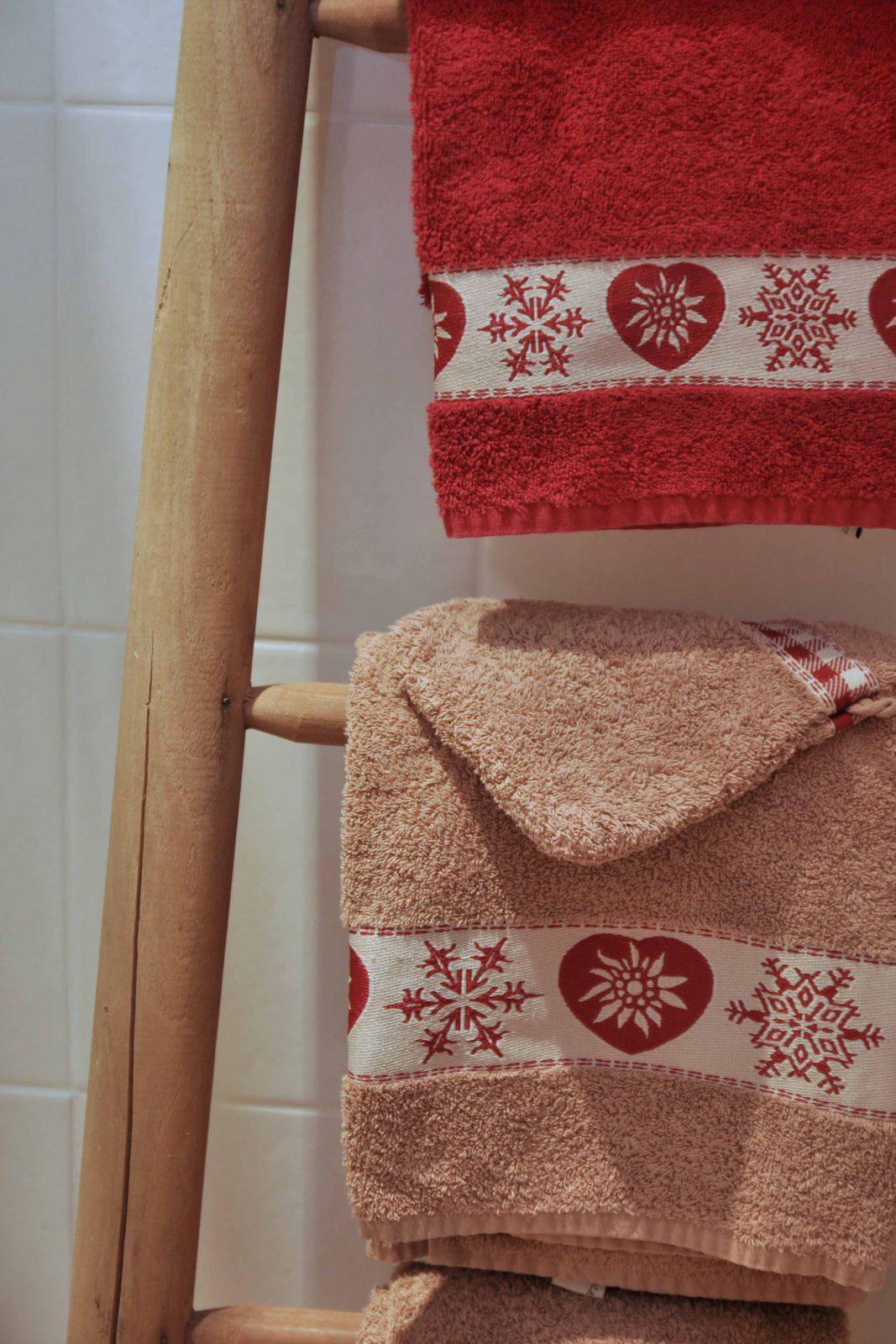 Echelle et serviettes