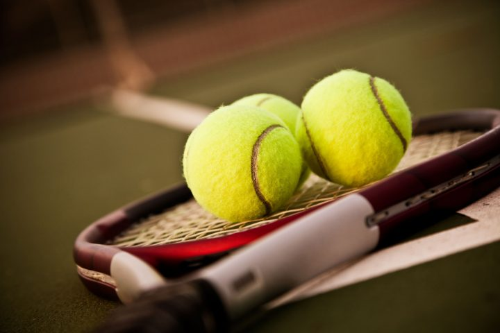 Location de court de tennis morillon 1100